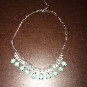 Jewelry - Mint green PROM necklace!!